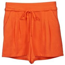 Textil Mulher Shorts / Bermudas Naf Naf KUIPI Laranja