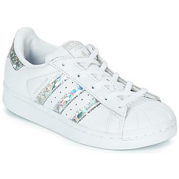 Sapatos Rapariga Sapatilhas adidas Originals SUPERSTAR C Branco / Prata