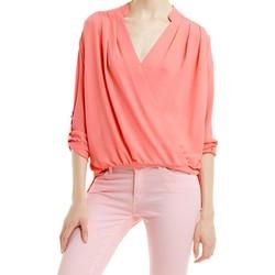 Textil Mulher Tops / Blusas Kocca Blusa Helath Outros