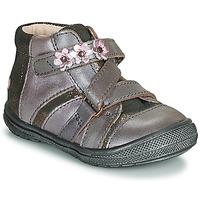 Sapatos Rapariga Botas baixas GBB NICOLETA Madeira / Rosa