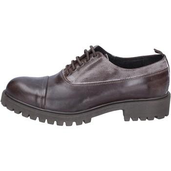Sapatos Homem Sapatos & Richelieu Ossiani Clássico BS723 Castanho