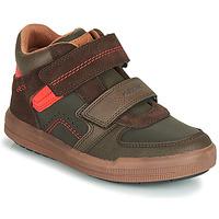 Sapatos Rapaz Sapatilhas de cano-alto Geox J ARZACH BOY Castanho / Laranja