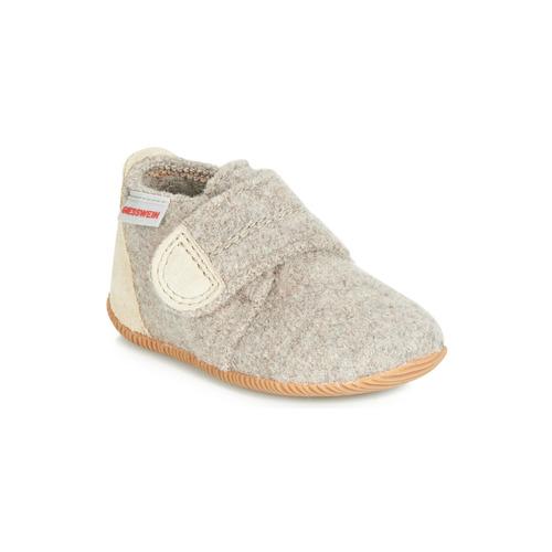 Sapatos Criança Chinelos Giesswein OBERSTAUFFEN Bege