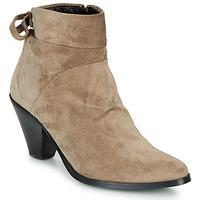 Sapatos Mulher Botins Regard RAKAF V3 CRTE VEL SILKY Bege