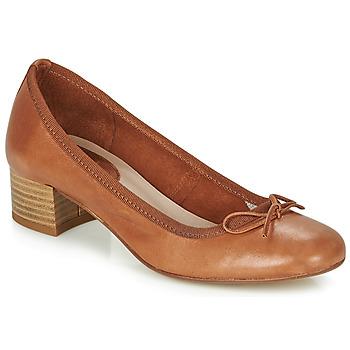 Sapatos Mulher Escarpim André POEME Camel