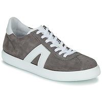 Sapatos Homem Sapatilhas André GILOT Cinza