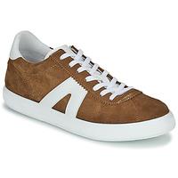 Sapatos Homem Sapatilhas André GILOT Camel