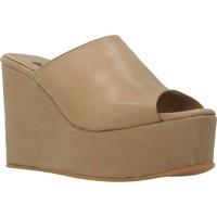 Sapatos Mulher Chinelos Clover 89822 Marron