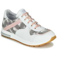 Sapatos Rapariga Sapatilhas GBB LELIA Branco / Preto / Rosa