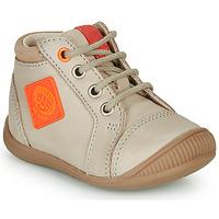 Sapatos Rapaz Sapatilhas de cano-alto GBB TARAVI Bege