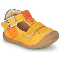 Sapatos Rapaz Sandálias GBB BOLINA Amarelo