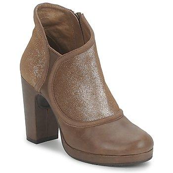 Sapatos Mulher Botas baixas Esska TILLY Castanho / Brilhante