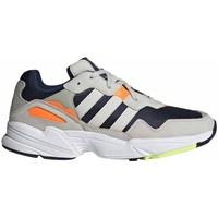 Sapatos Homem Sapatilhas adidas Originals YUNG96 Cinzento, Azul marinho