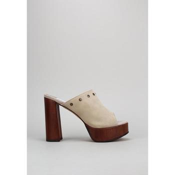 Sapatos Mulher Chinelos Marta Riumbau  Bege