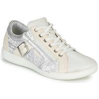 Sapatos Mulher Sapatilhas Pataugas PAULINE/S Branco / Prata