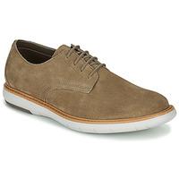 Sapatos Homem Sapatos Clarks DRAPER LACE Bege