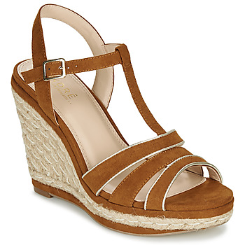Sapatos Mulher Sandálias André JULY Camel