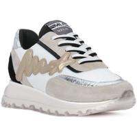 Sapatos Homem Sapatilhas At Go GO MOON ARGENTO 560 Grigio
