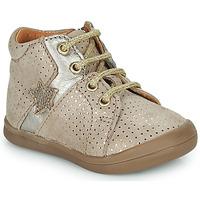 Sapatos Rapariga Sapatilhas de cano-alto GBB DUANA Bege