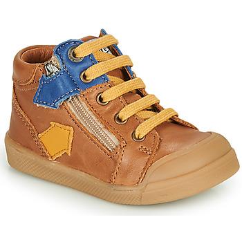 Sapatos Rapaz Sapatilhas de cano-alto GBB IONNIS Castanho