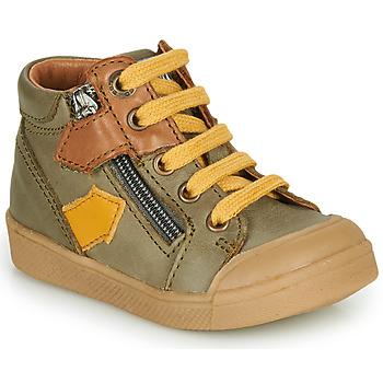 Sapatos Rapaz Sapatilhas de cano-alto GBB IONNIS Verde