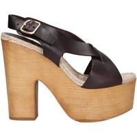 Sapatos Mulher Sandálias Chika 10 RUSIA 02 Marr?n