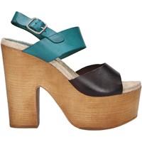 Sapatos Mulher Sandálias Chika 10 RUSIA 04 Marr?n