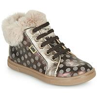 Sapatos Rapariga Sapatilhas de cano-alto GBB JUNA Castanho
