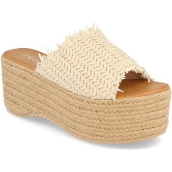 Sapatos Mulher Chinelos Silvian Heach TS-6 Beige