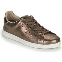 Sapatos Mulher Sapatilhas Victoria TENIS METALIZADO Ouro