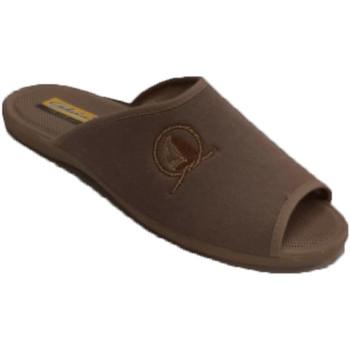 Sapatos Homem Chinelos Aguas Nuevas Chinelos masculinos de verão com salto a beige
