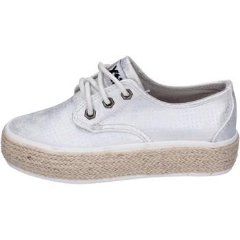 Sapatos Rapariga Sapatilhas Xti Sneakers BM817 Prata