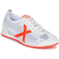 Sapatos Mulher Sapatilhas Munich OSAKA 456 Branco / Laranja