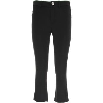 Textil Mulher Calças curtas NeroGiardini P960610D Preto