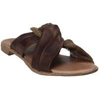 Sapatos Mulher Chinelos 18+ 6113 Castanho