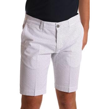 Textil Homem Shorts / Bermudas Sei3sei PZV132 71336 Branco