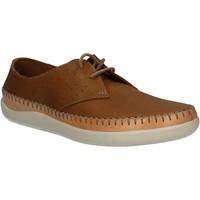 Sapatos Homem Sapatos Clarks 123879 Castanho