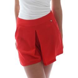 Textil Mulher Shorts / Bermudas Fornarina BER1L17C98176 Vermelho