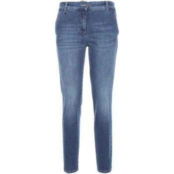 Textil Mulher Calças de ganga slim NeroGiardini A760120D Azul