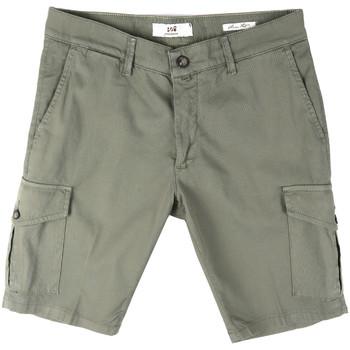 Textil Homem Shorts / Bermudas Sei3sei PZV130 8157 Verde