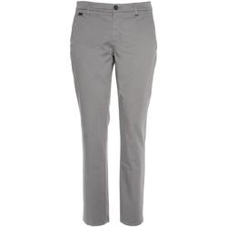Textil Homem Chinos NeroGiardini P870105U Cinzento