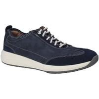 Sapatos Homem Sapatilhas Clarks 133328 Azul
