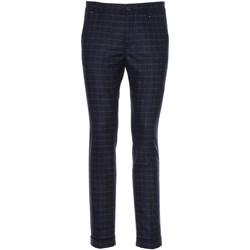 Textil Homem Calças NeroGiardini A970573U Azul