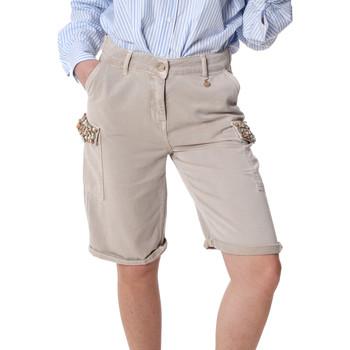 Textil Mulher Shorts / Bermudas Fracomina FR20SP116 Bege