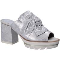Sapatos Mulher Chinelos CallagHan 22601 Cinzento