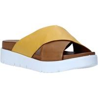 Sapatos Mulher Chinelos Bueno Shoes N3408 Castanho