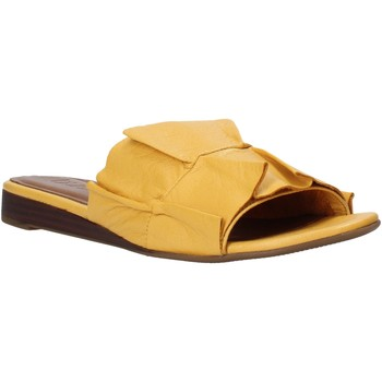 Sapatos Mulher Chinelos Bueno Shoes N1908 Amarelo