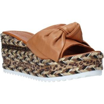 Sapatos Mulher Chinelos Bueno Shoes N3604 Castanho