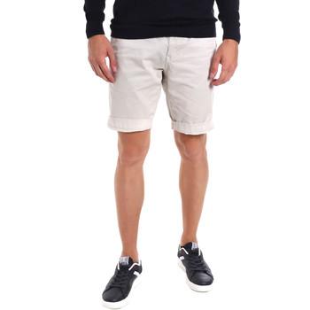 Textil Homem Shorts / Bermudas Gaudi 011BU25023WC Cinzento