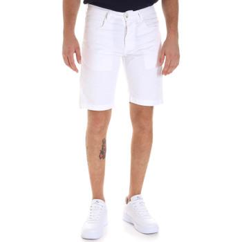 Textil Homem Shorts / Bermudas Sseinse PB607SS Branco